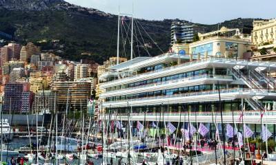 Riva 88 Domino in 88 Florida v Yacht Clubu de Monaco