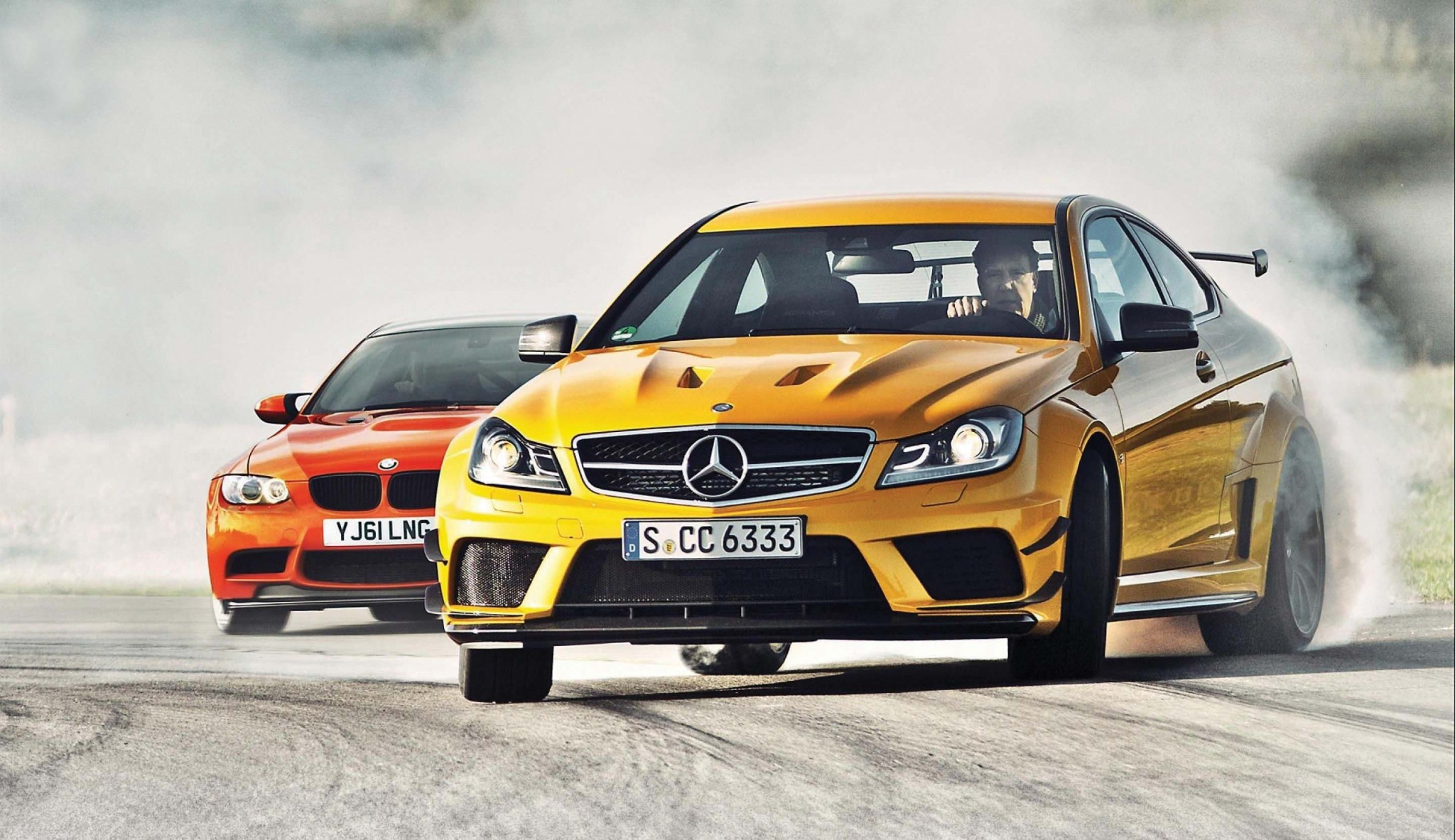 mercedes-c63-amg,-bmw-m3-gts,-drift-165500