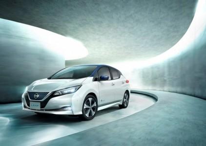 Do leta 2030 na cestah 31,1 milijonov električnih vozil