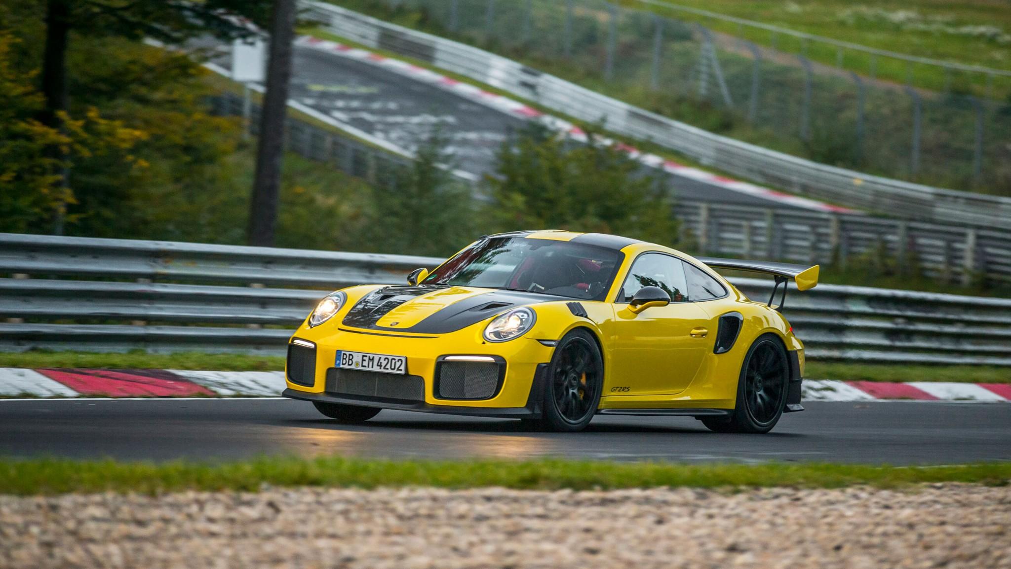 high_911_gt2_rs_world_record_nürburgring_2017_porsche_ag (4)