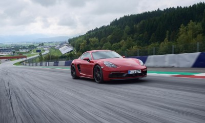 Športna dvosedežnika iz Porscheja