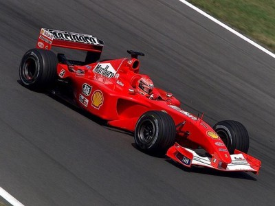 Schumijev dirkalnik F1 na dražbi