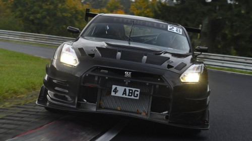 Nissan GT-R se podaja na Nürburgring