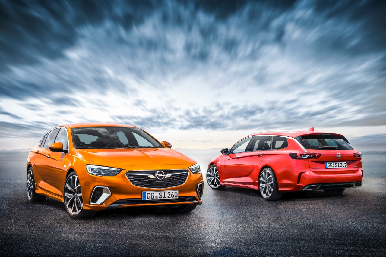 On the starting grid: Customers can now place their orders for the Opel Insignia GSi Grand Sport and Sports Tourer.