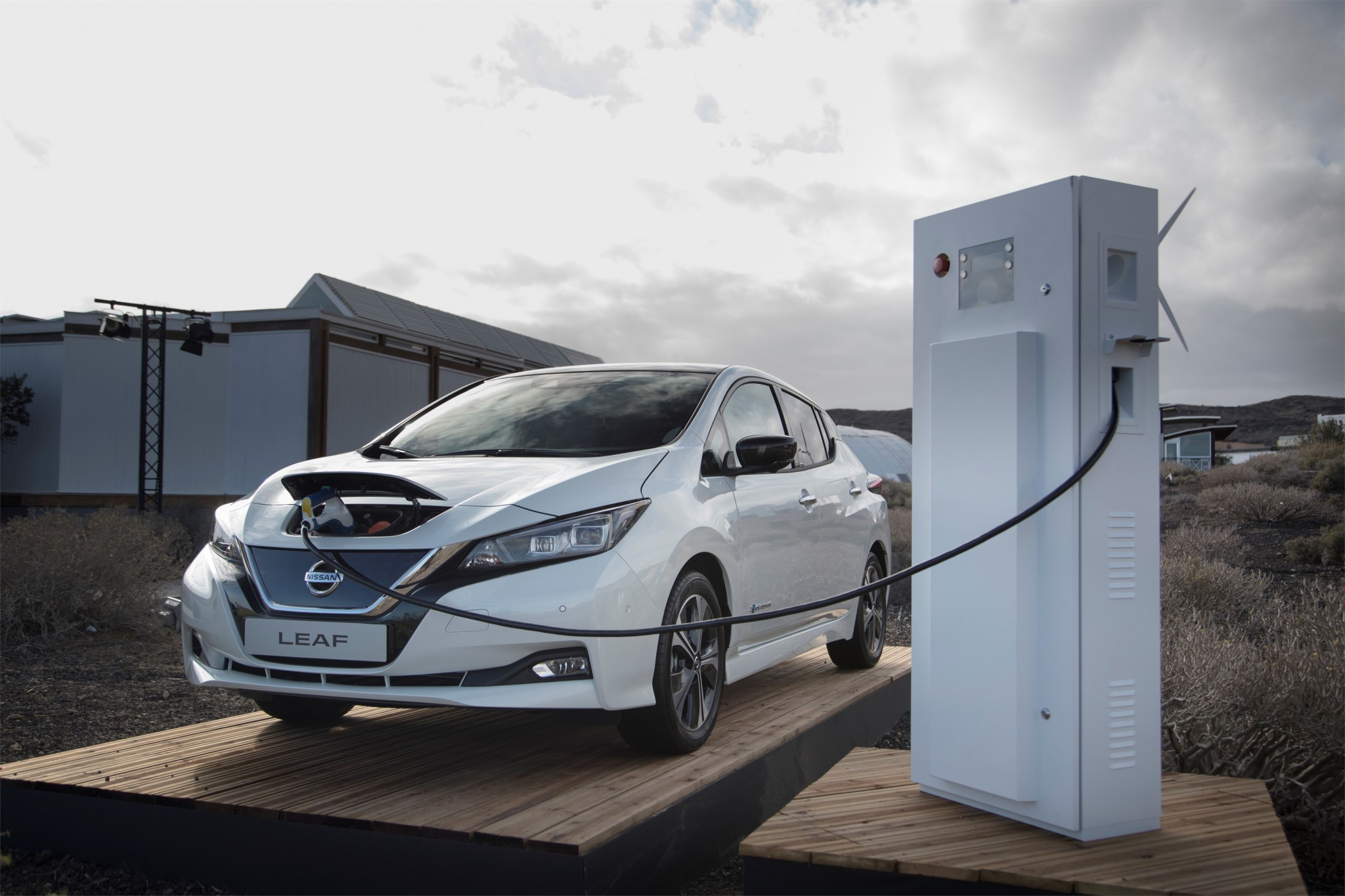 426214186_Nissan_showcases_Electric_Ecosystem_designed_to_deliver_the_future_of