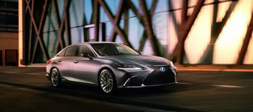 Preobrazba za Lexusa ES