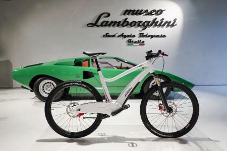 Lamborghinijeva električna kolesa