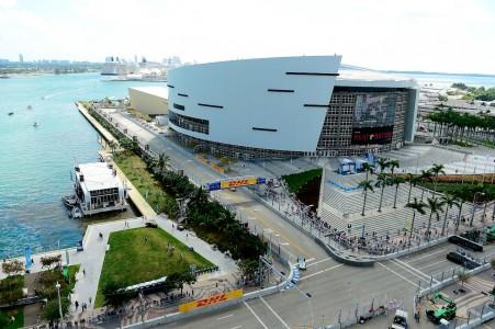 Dirka Formule 1 v sončnem Miamiju