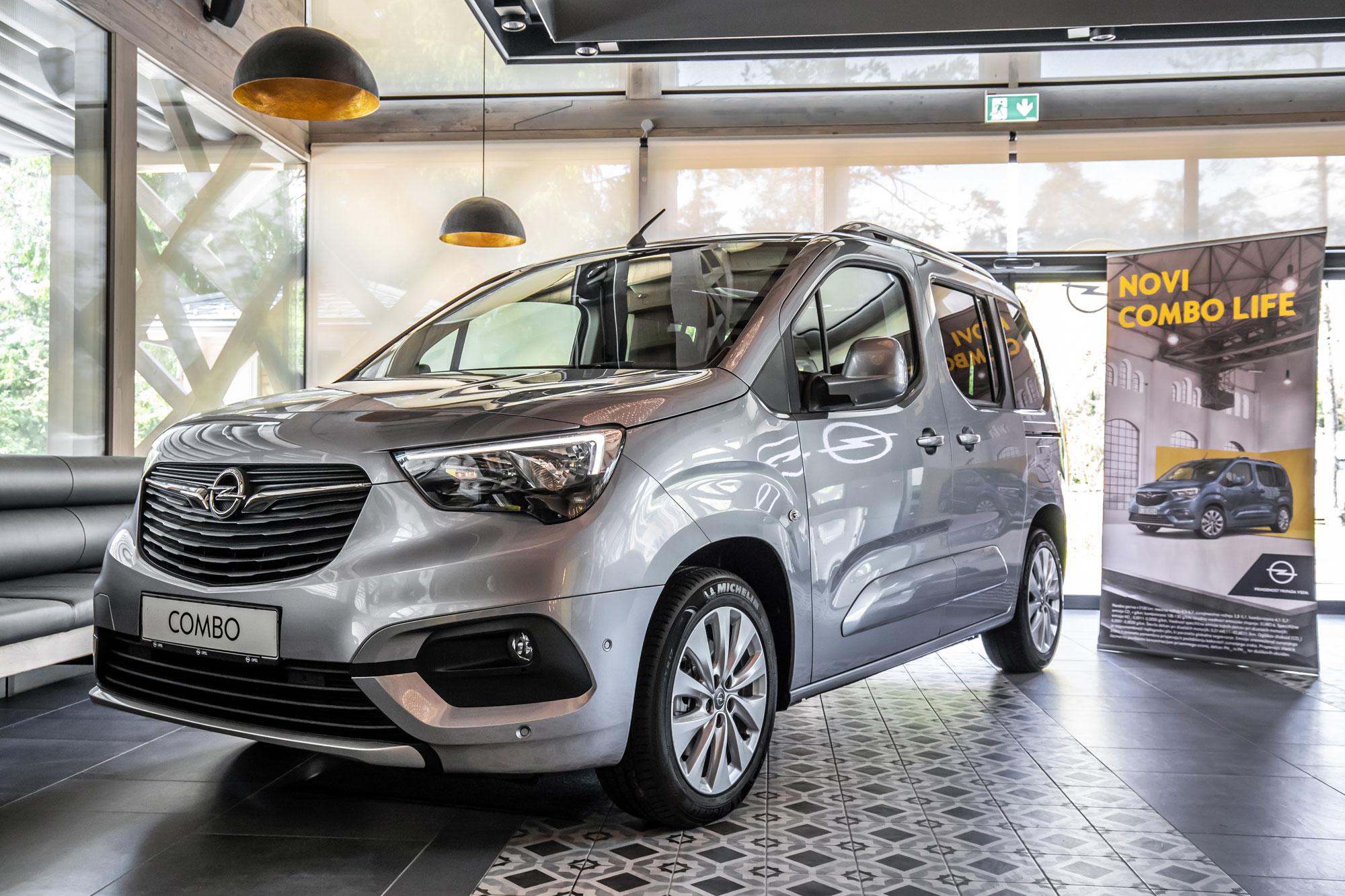 2018 06 04_Najboljši-družinski-prijatelj - inovativni-Opel-Combo-Life-1