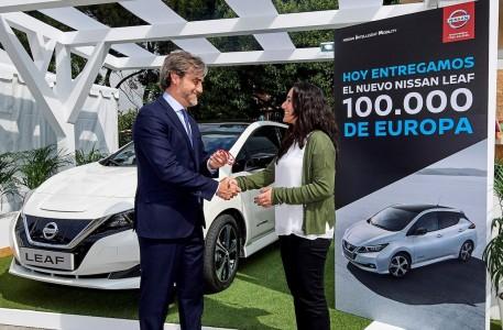 Nissan praznuje 100.000 prodanih Leafov