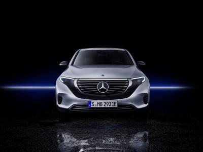 Prvi električni Mercedes končno zapeljal v Slovenijo