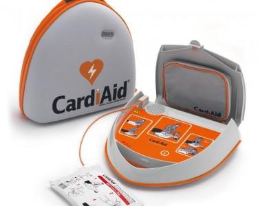 Pomen defibrilatorja na cestah