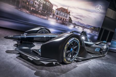 Mercedesov prvi električni dirkalnik