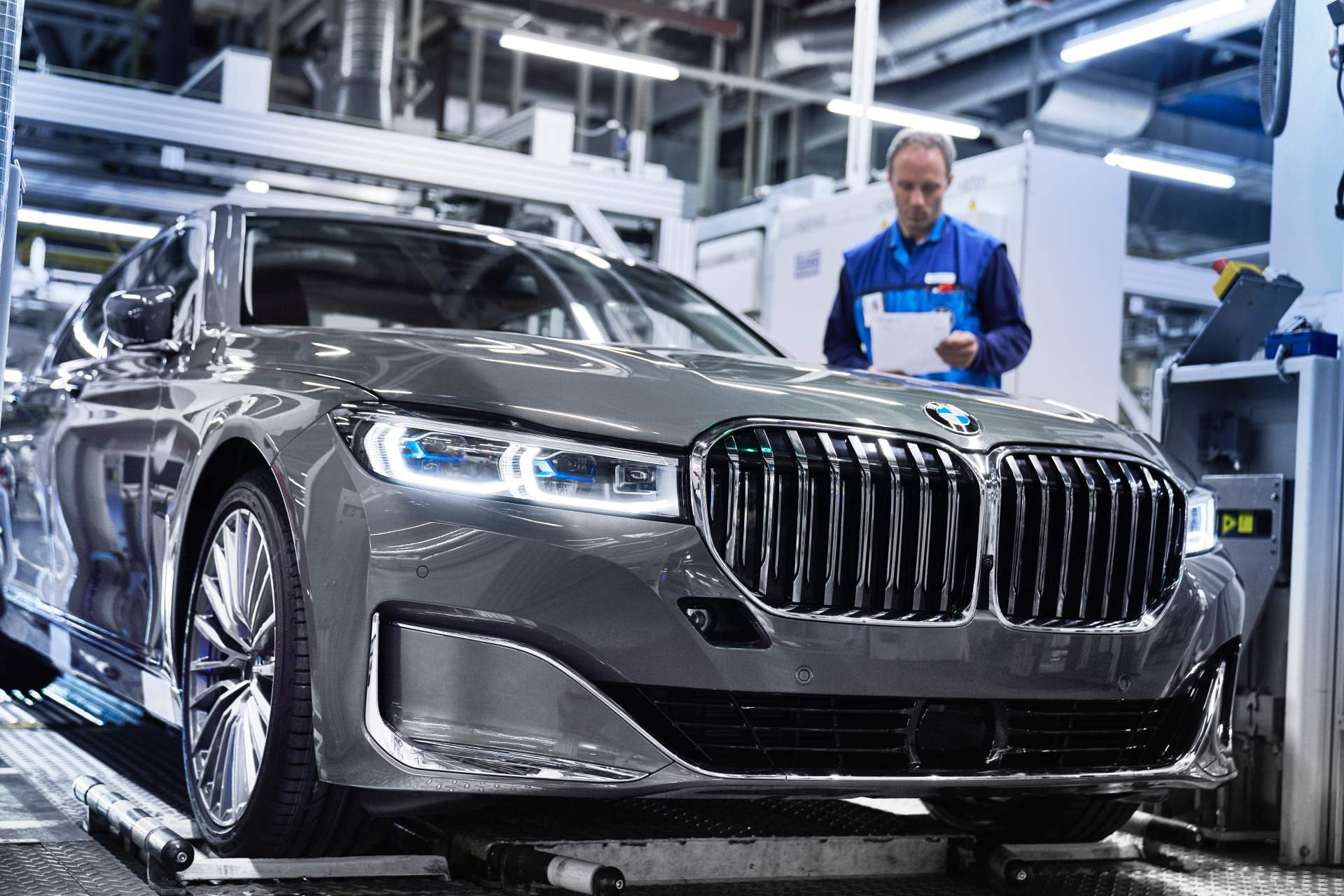 bmw-7-series-production-start (2)