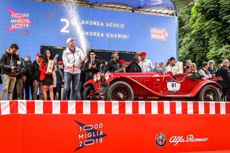 Alfa zmagoslavna na dirki Mille Miglia