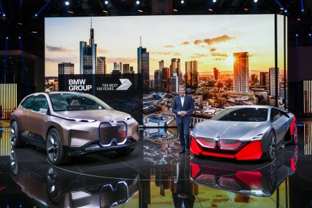 Milijon elektrificiranih vozil BMW do 2021
