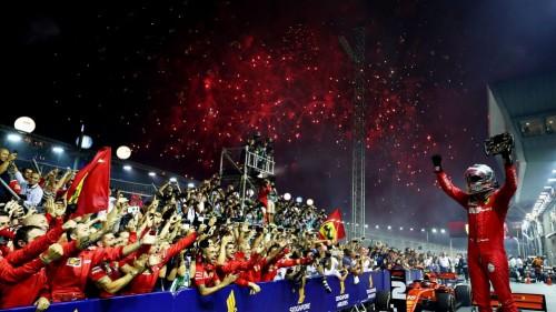 Sebastian Vettel junak dirke v Singapurju