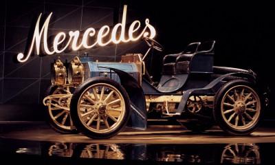120 let znamke Mercedes