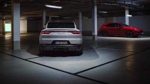 Vroč duet iz Porscheja