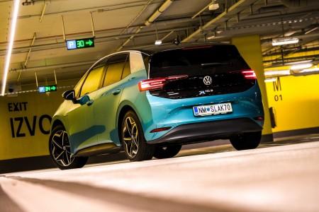 Prvi električni VW za množice