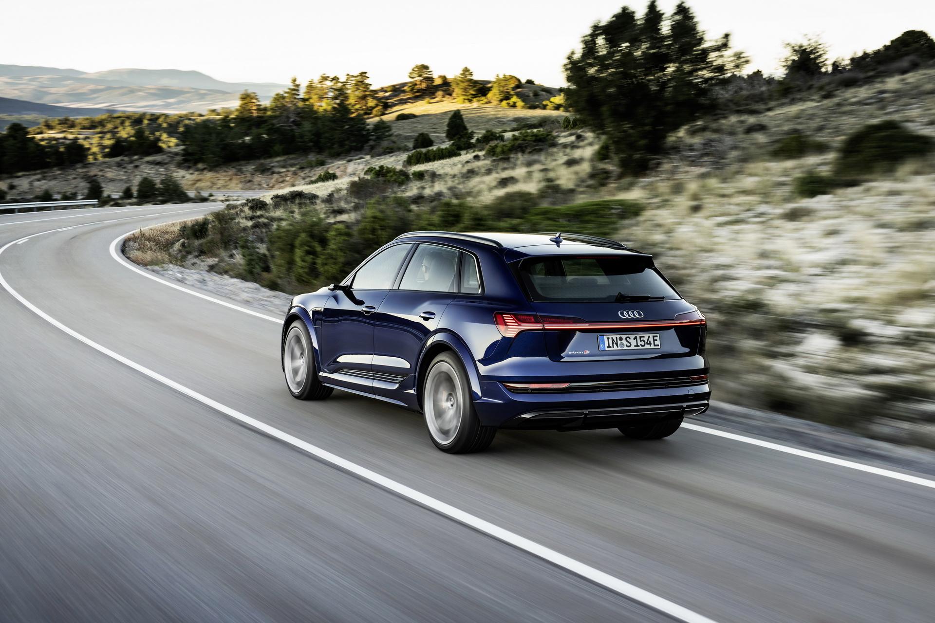 Audi-E-Tron-S (6)