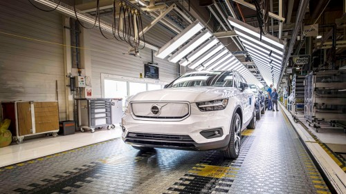 Volvo potrojil proizvodnjo EV
