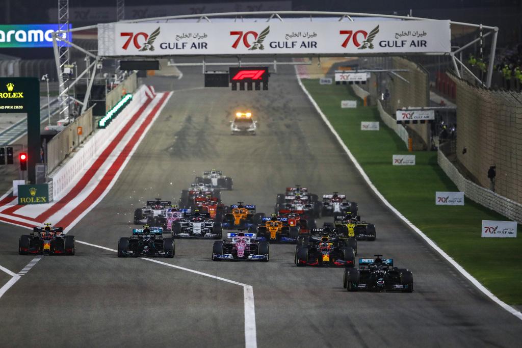 Formel 1 - Mercedes-AMG Petronas Motorsport, Großer Preis von Bahrain 2020. Lewis Hamilton Valtteri Bottas   Formula One - Mercedes-AMG Petronas Motorsport, Bahrain GP 2020. Lewis Hamilton Valtteri Bottas