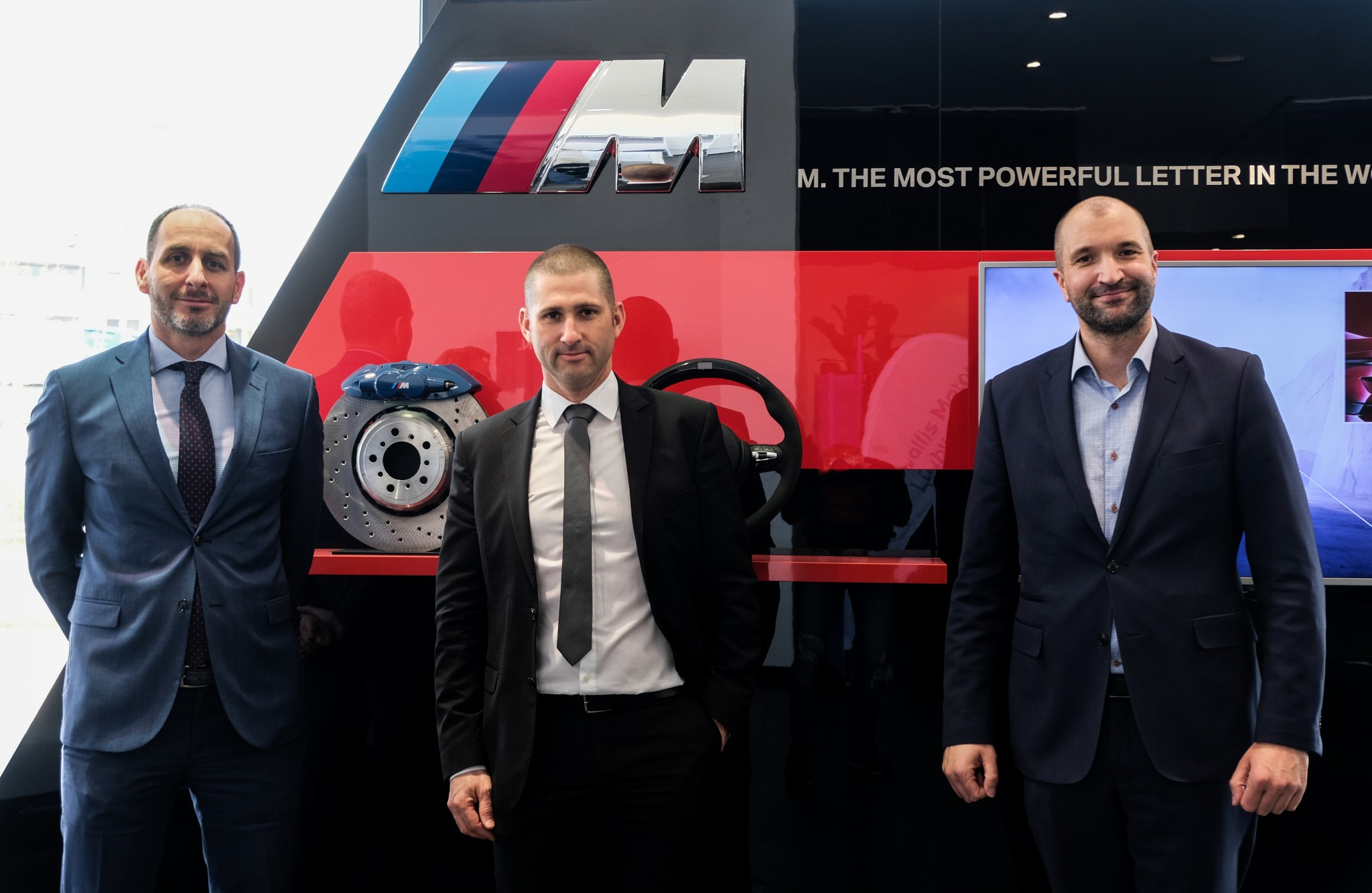 Peter Antal - član uprave AutoWallis, Blaž Urbanija - direktor Wallis Motor Ljubljana in Christopher Puth - direktor BMW Group Slovenija