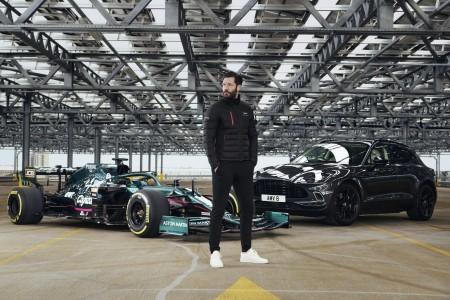 Kolekcija oblačil v poklon povratku v F1