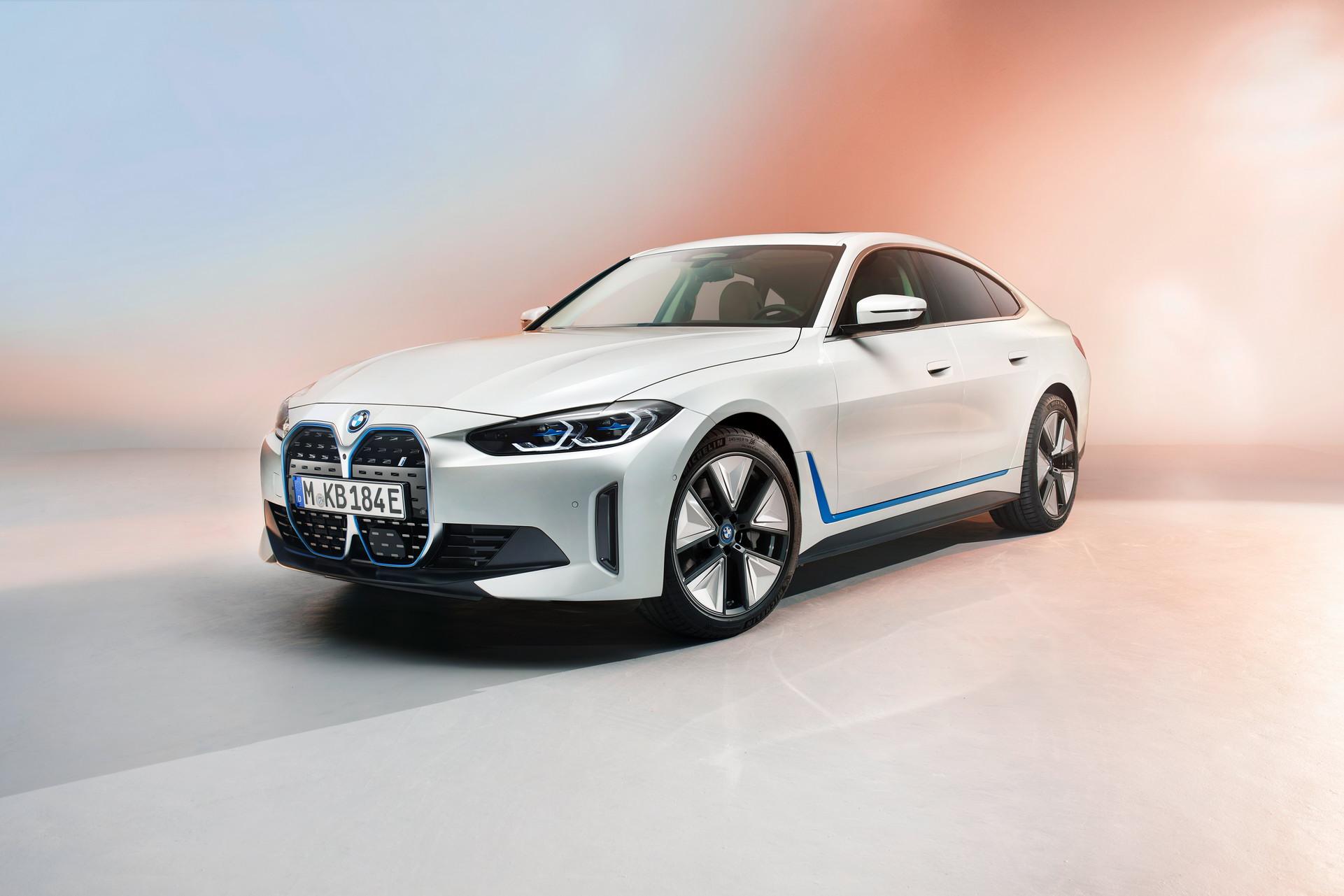 BMW-i4 (1)