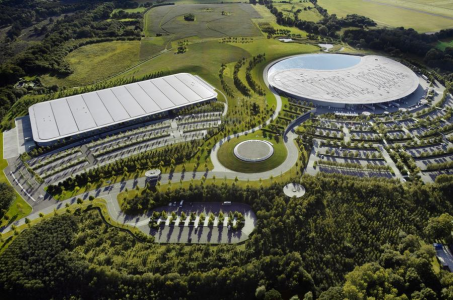 McLaren prodaja svoj kampus v Wokingu