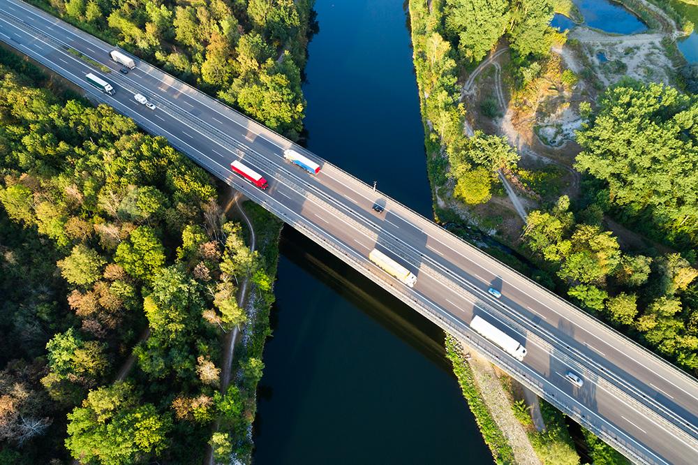 Pnevmatike so pomemben člen pri razvoju zelenega prevozništva