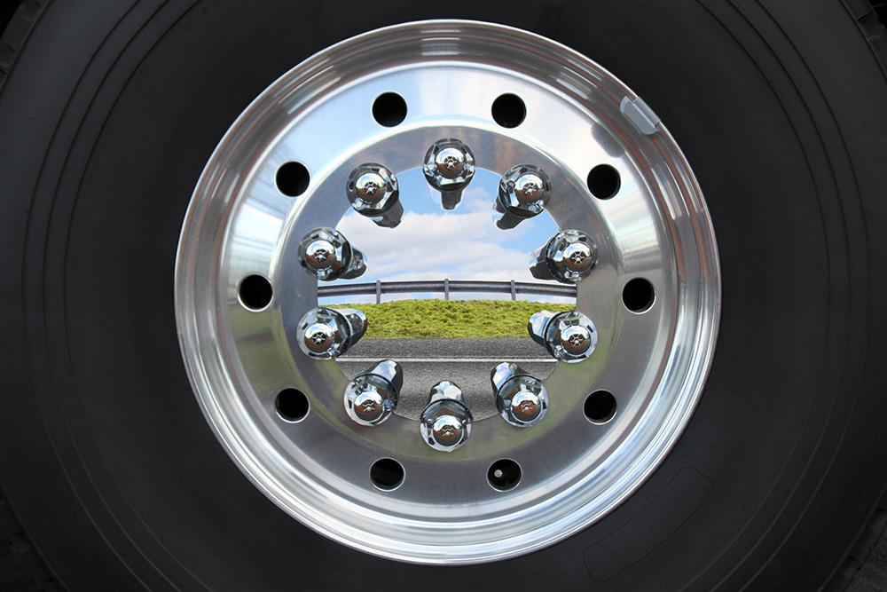 Pnevmatike z majhnim kotalnim uporom neposredno vplivajo na izkoristek goriva in vrednost emisij